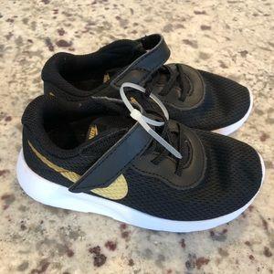 Nike Black & Gold Check Unisex Tanjun Sneakers